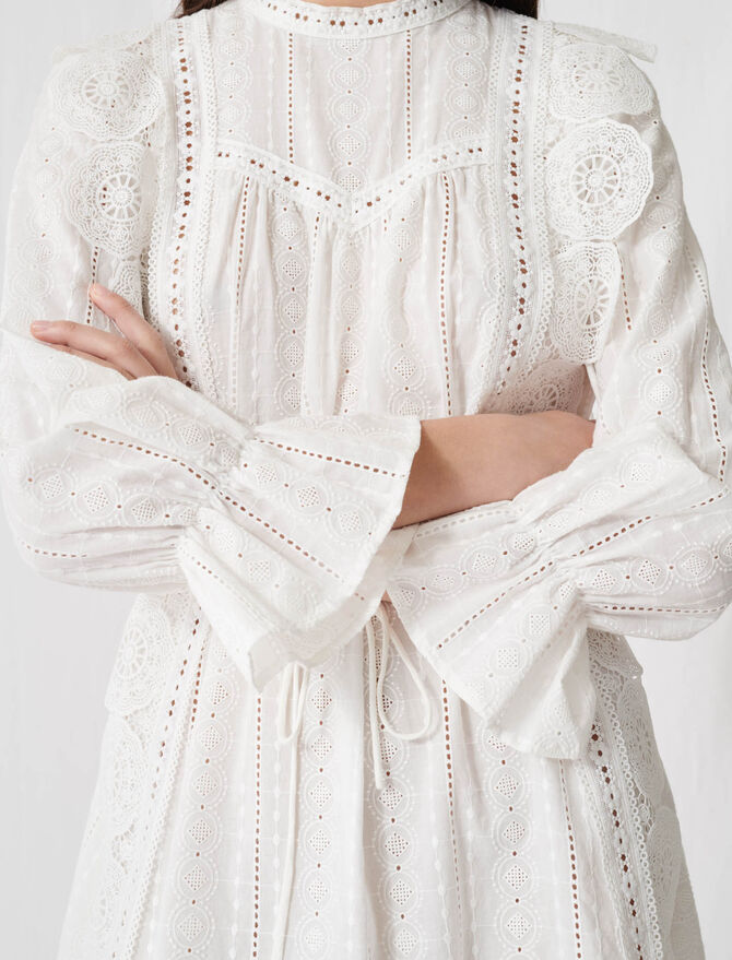 Robe blanche à broderies anglaises - Pap_Robes - MAJE