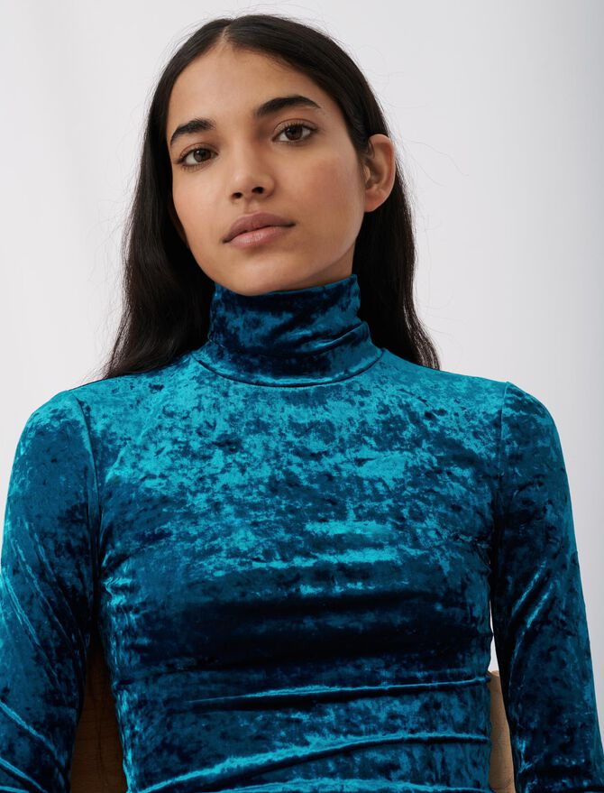 Lightweight crushed velvet polo-neck - Pullovers & Cardigans - MAJE