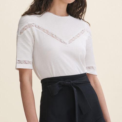 T-shirt with lace trims : T-shirts color Black 210