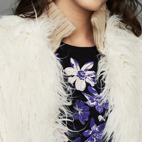 Cropped faux fur coat : Coats color Ecru