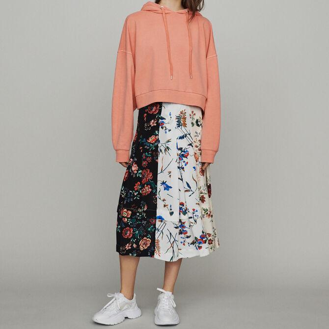 Cropped hooded sweatshirt - Summerparty-Tout_voir-IT - MAJE