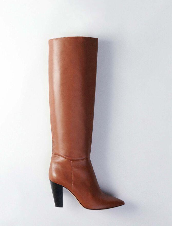Bottes droites à talon en cuir lisse - Chaussures_Toutvoir - MAJE