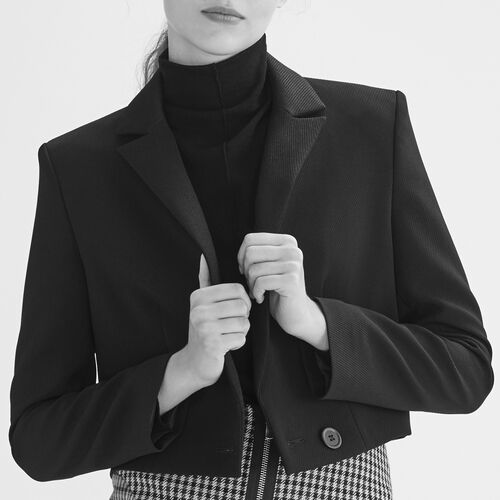 Short jacket : Blazers color Black 210